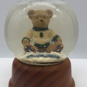 Vintage Eddie Bauer Home SNOW GLOBE Teddy Bear